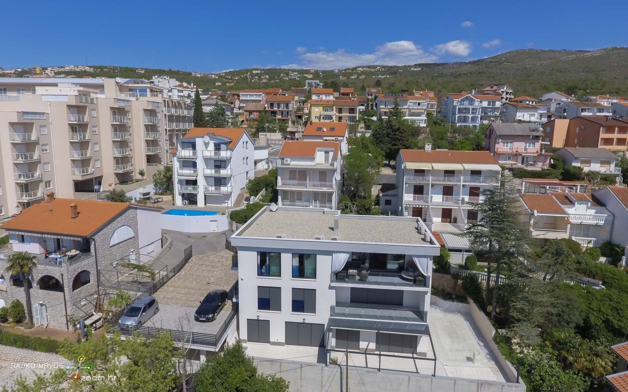 fotografiranje-iz-zraka-eksterijera-dronom-vila-kuca-hotela-apartmana-Larimar-Penthouse-54