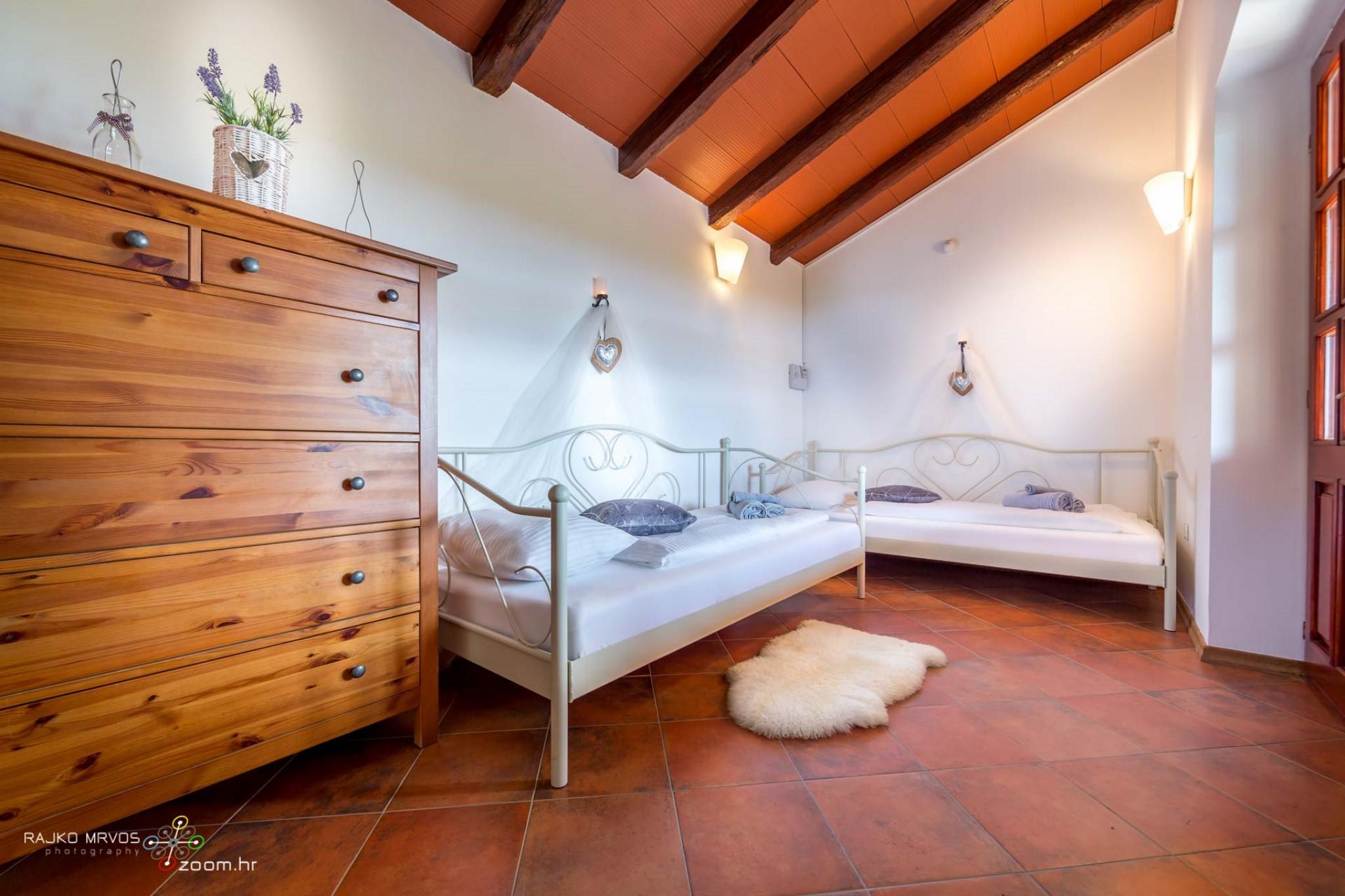 fotografiranje-interijera-fotograf-eksterijera-vila-kuca-apartmana-slikanje-villa-Fattoria-50