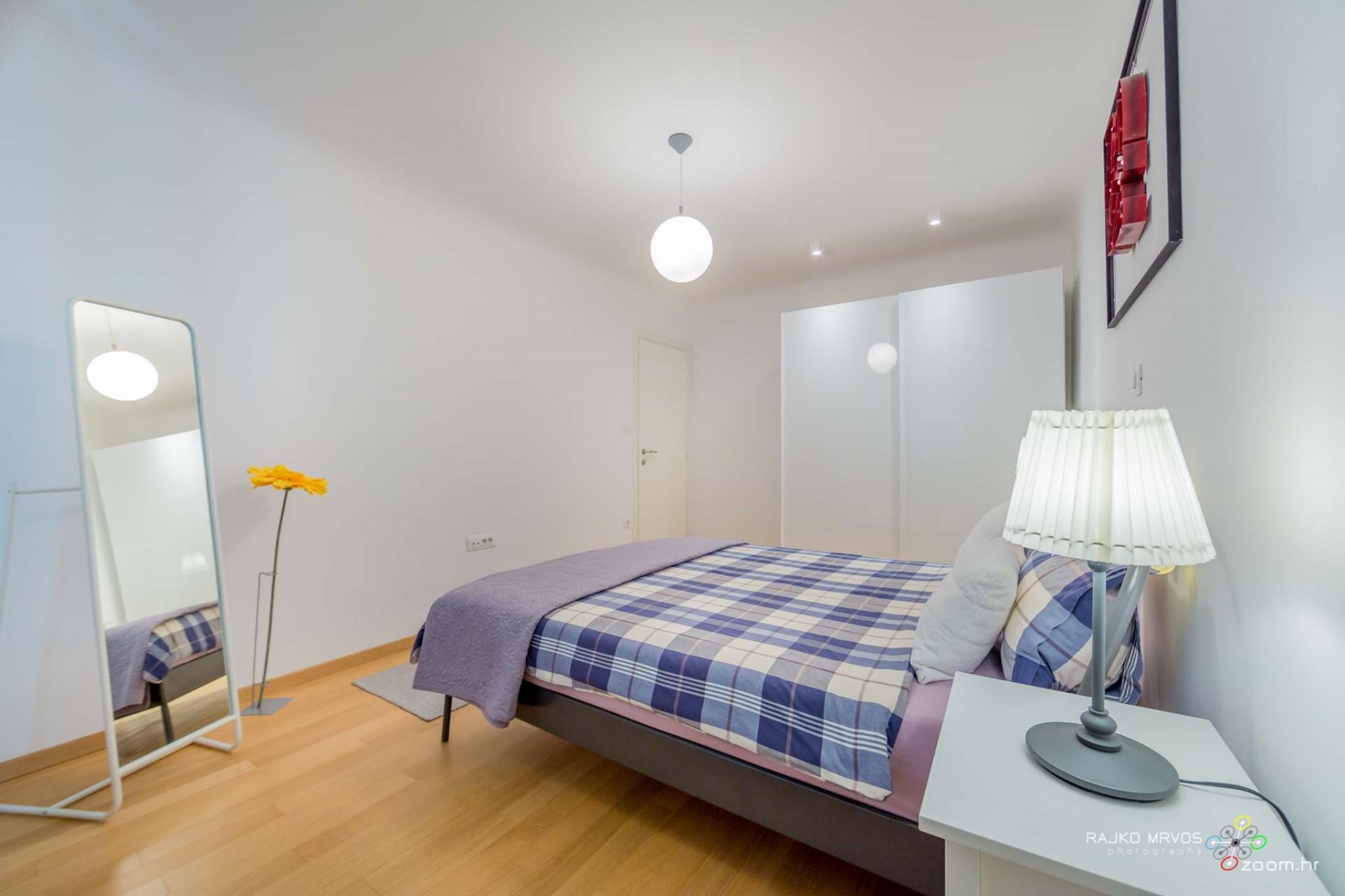 fotograf-interijera-fotograf-eksterijera-slikanje-apartmana-Central-Rijeka-Apartments-17