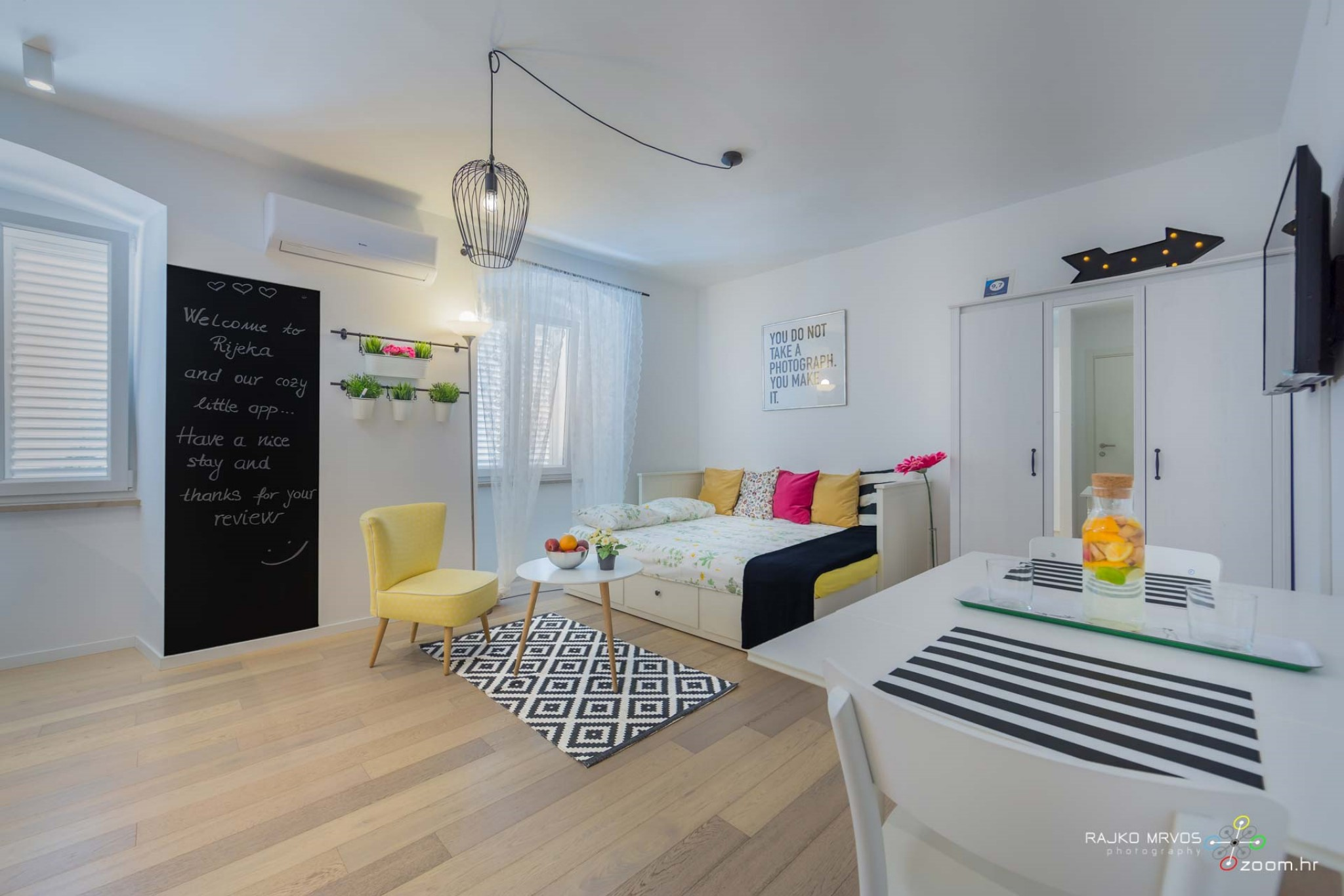 fotograf-interijera-fotograf-eksterijera-slikanje-apartmana-Central-Rijeka-Apartments-37