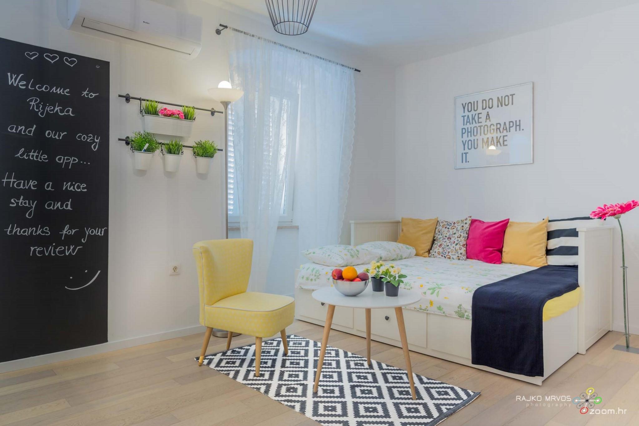 fotograf-interijera-fotograf-eksterijera-slikanje-apartmana-Central-Rijeka-Apartments-41