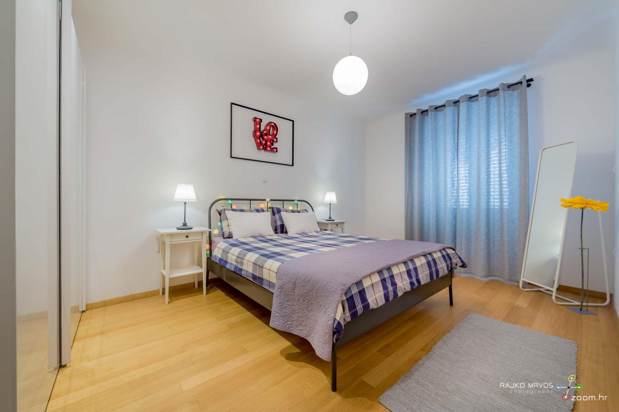 fotograf-interijera-fotograf-eksterijera-slikanje-apartmana-Central-Rijeka-Apartments-16