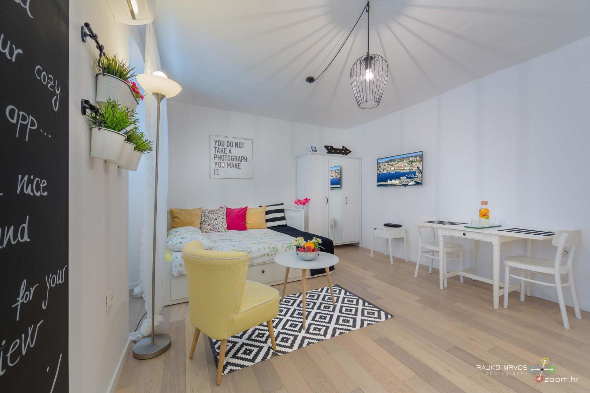 fotograf-interijera-fotograf-eksterijera-slikanje-apartmana-Central-Rijeka-Apartments-36