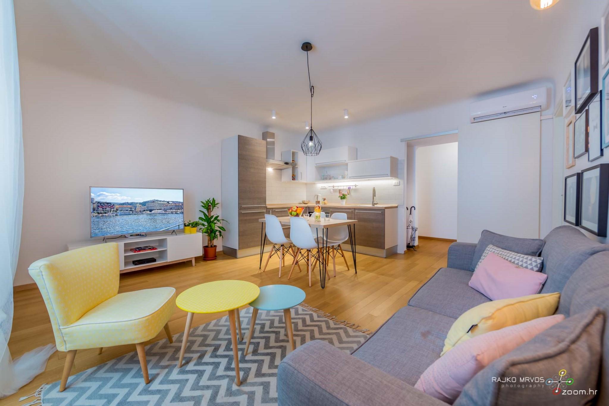 fotograf-interijera-fotograf-eksterijera-slikanje-apartmana-Central-Rijeka-Apartments-4