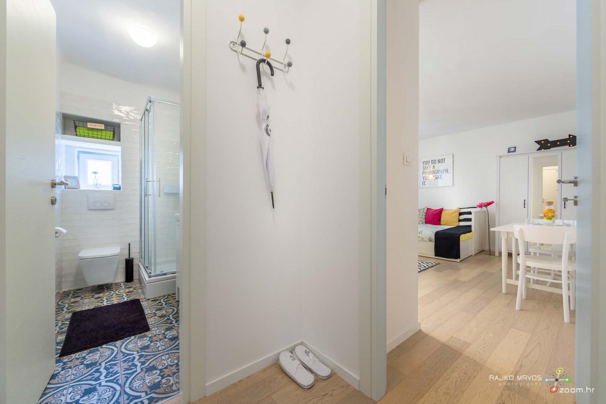 fotograf-interijera-fotograf-eksterijera-slikanje-apartmana-Central-Rijeka-Apartments-34