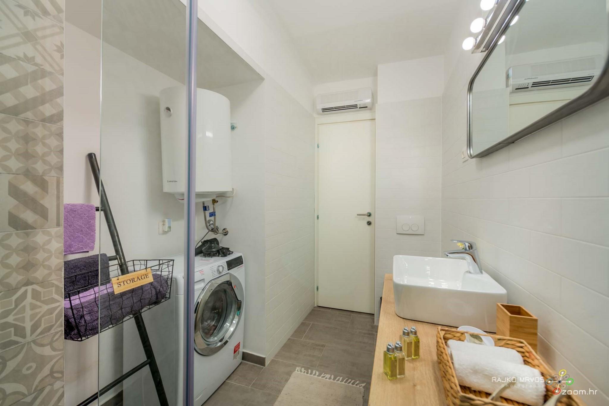 fotograf-interijera-fotograf-eksterijera-slikanje-apartmana-Central-Rijeka-Apartments-29