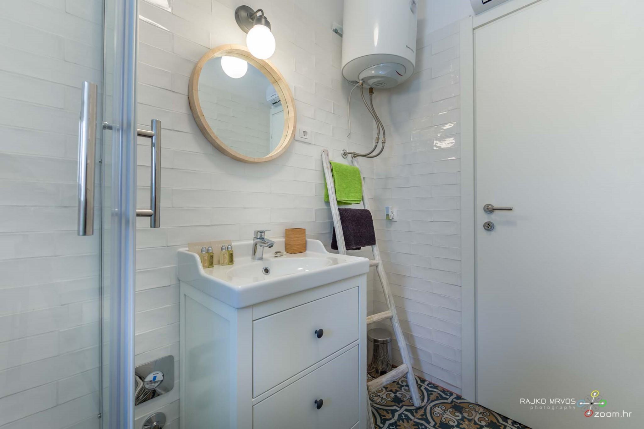fotograf-interijera-fotograf-eksterijera-slikanje-apartmana-Central-Rijeka-Apartments-57