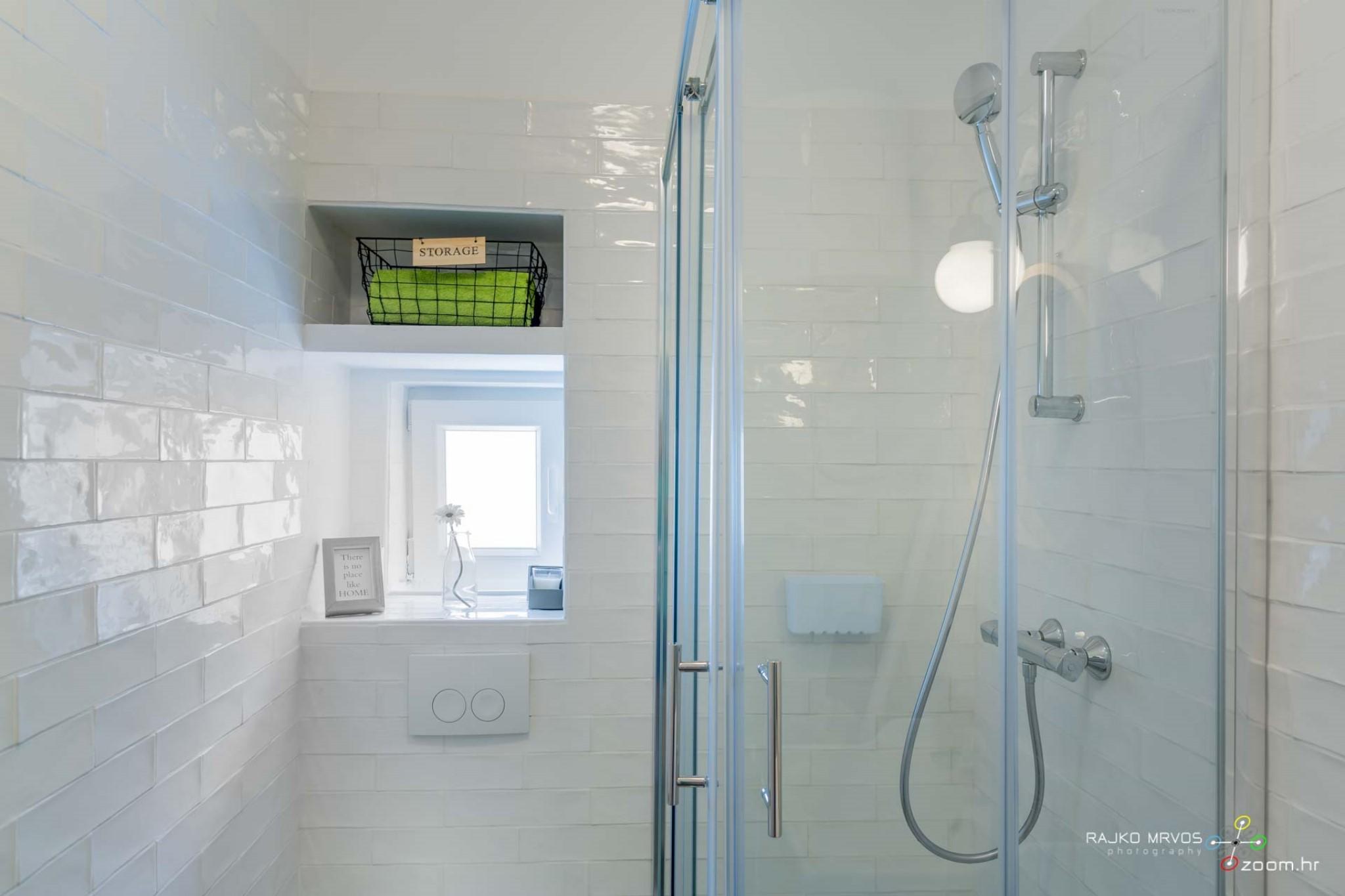 fotograf-interijera-fotograf-eksterijera-slikanje-apartmana-Central-Rijeka-Apartments-60