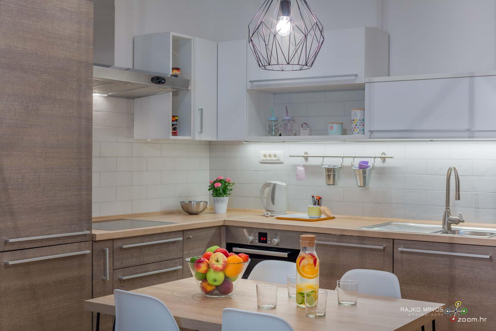 fotograf-interijera-fotograf-eksterijera-slikanje-apartmana-Central-Rijeka-Apartments-13