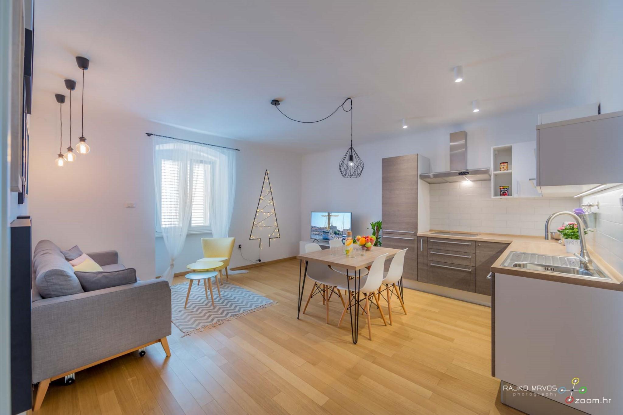 fotograf-interijera-fotograf-eksterijera-slikanje-apartmana-Central-Rijeka-Apartments-2
