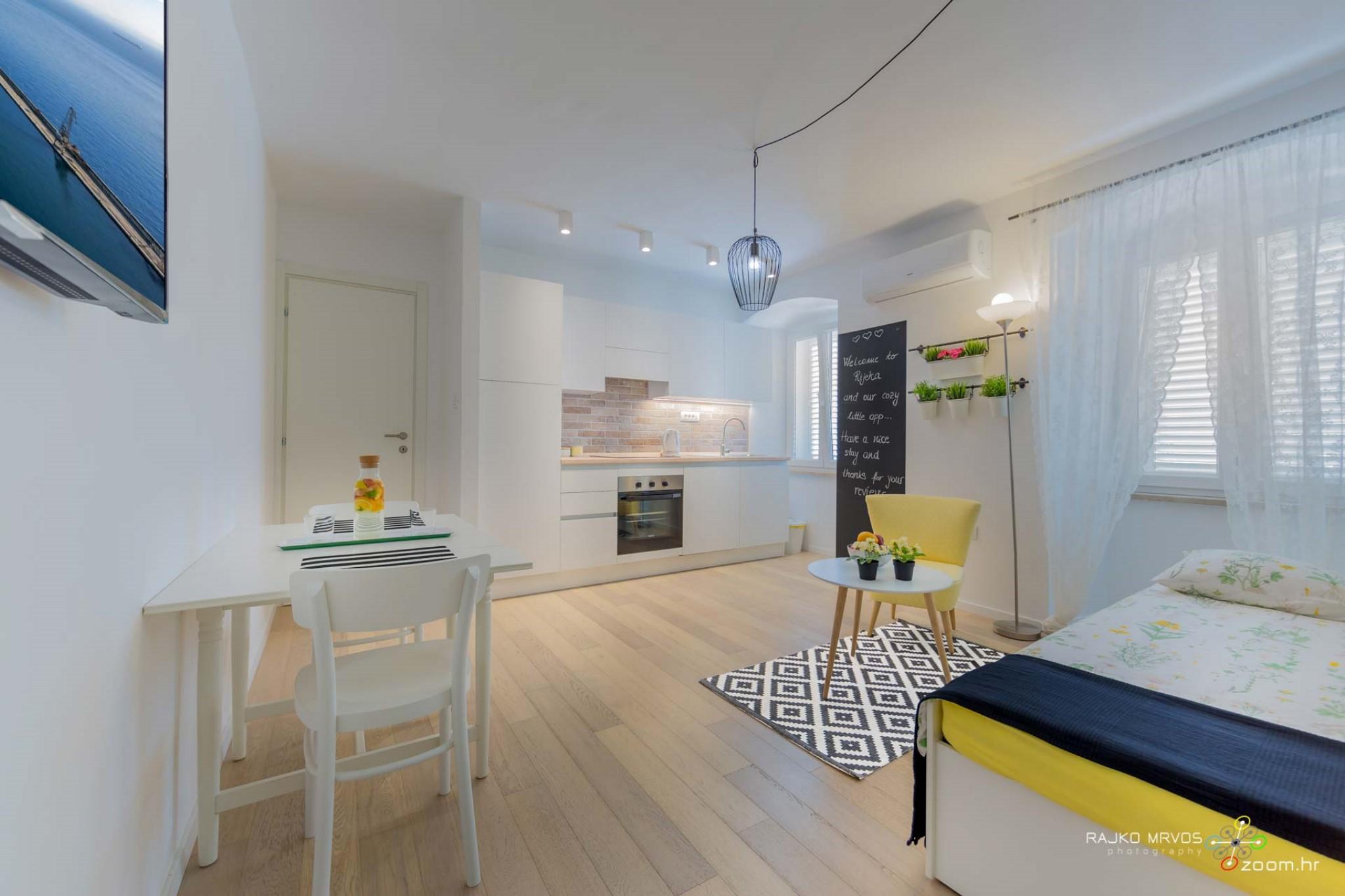 fotograf-interijera-fotograf-eksterijera-slikanje-apartmana-Central-Rijeka-Apartments-38