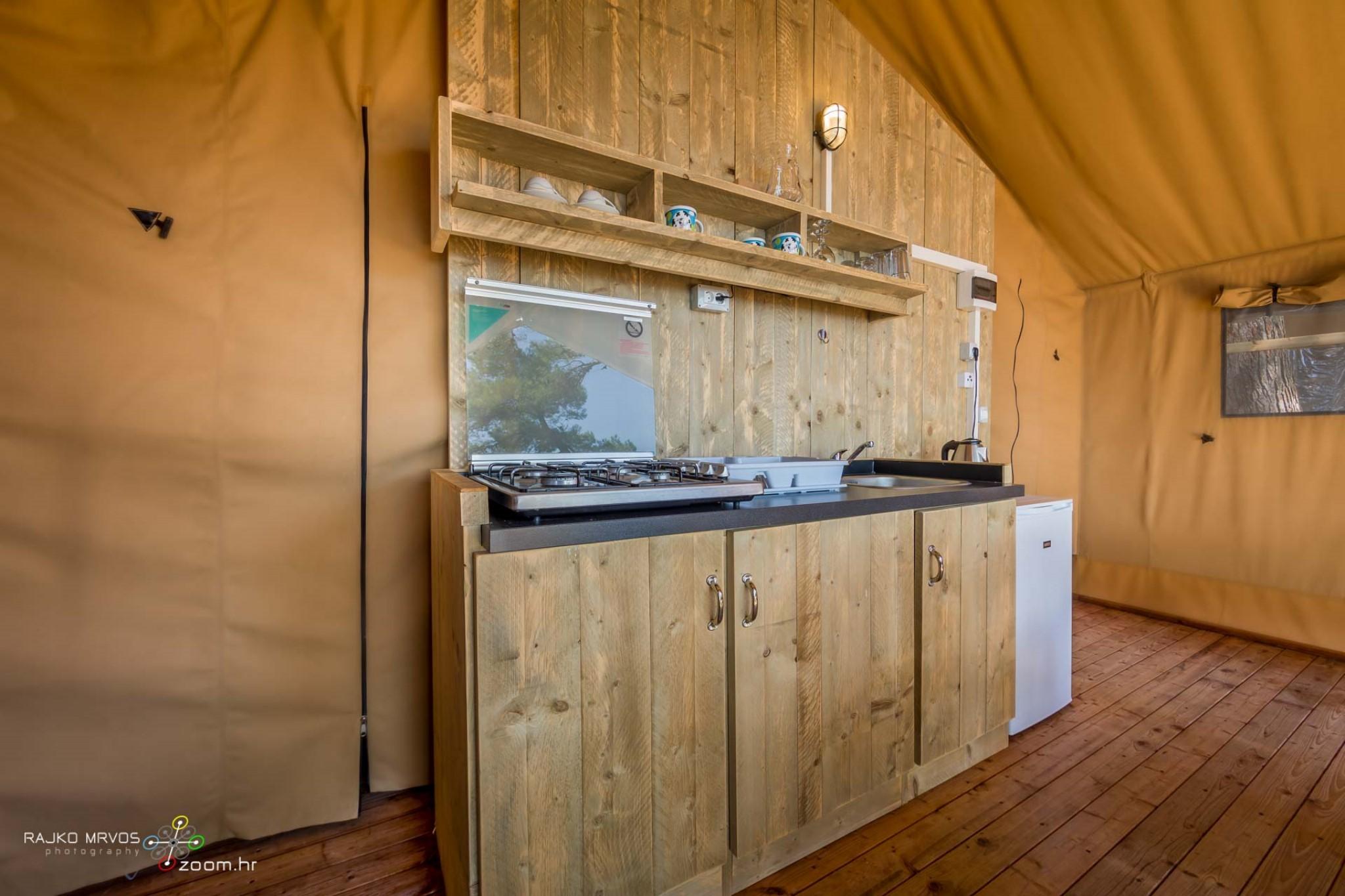 fotografiranje-interijera-fotograf-eksterijera-kampova-bungalova-kamp-satori-mobilne-kucice-18