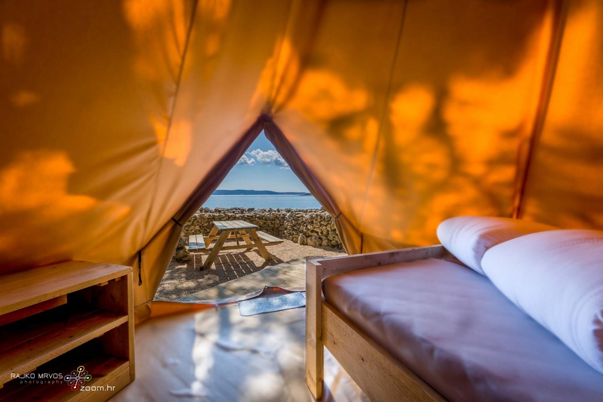 fotografiranje-interijera-fotograf-eksterijera-kampova-bungalova-kamp-satori-mobilne-kucice-26