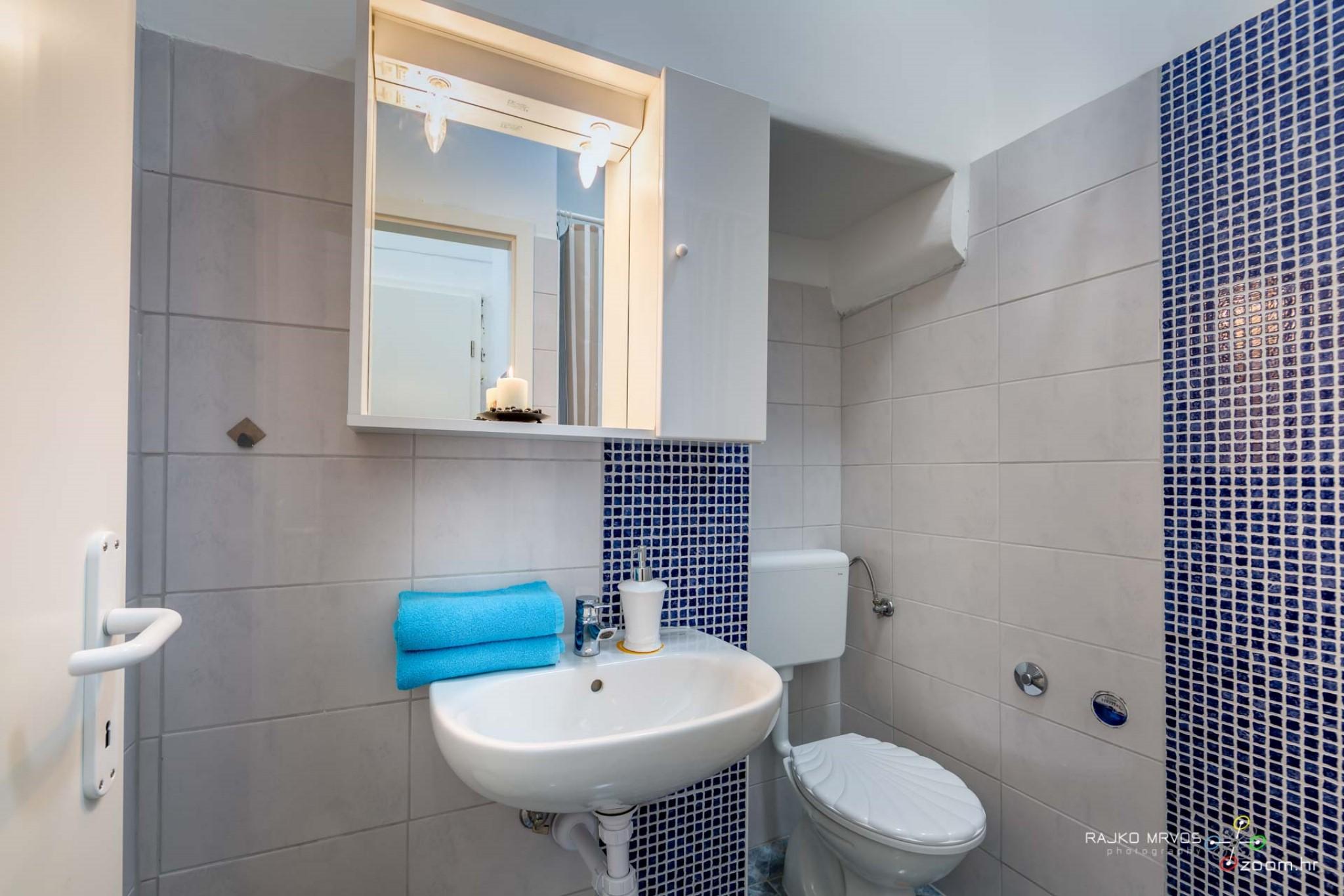 fotografiranje-interijera-fotograf-eksterijera-apartmana-vila-kuca-hostela-Happy-Hostel-11