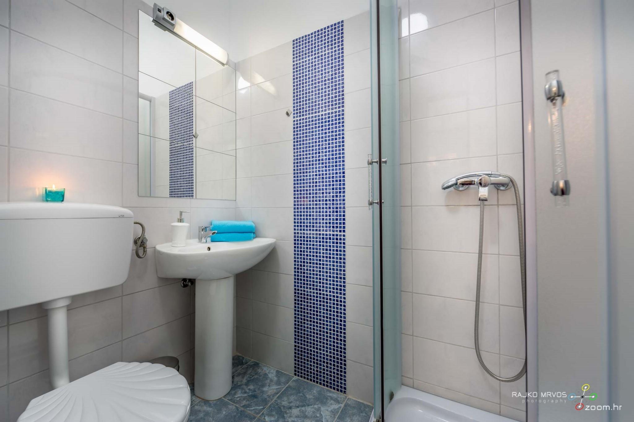 fotografiranje-interijera-fotograf-eksterijera-apartmana-vila-kuca-hostela-Happy-Hostel-10