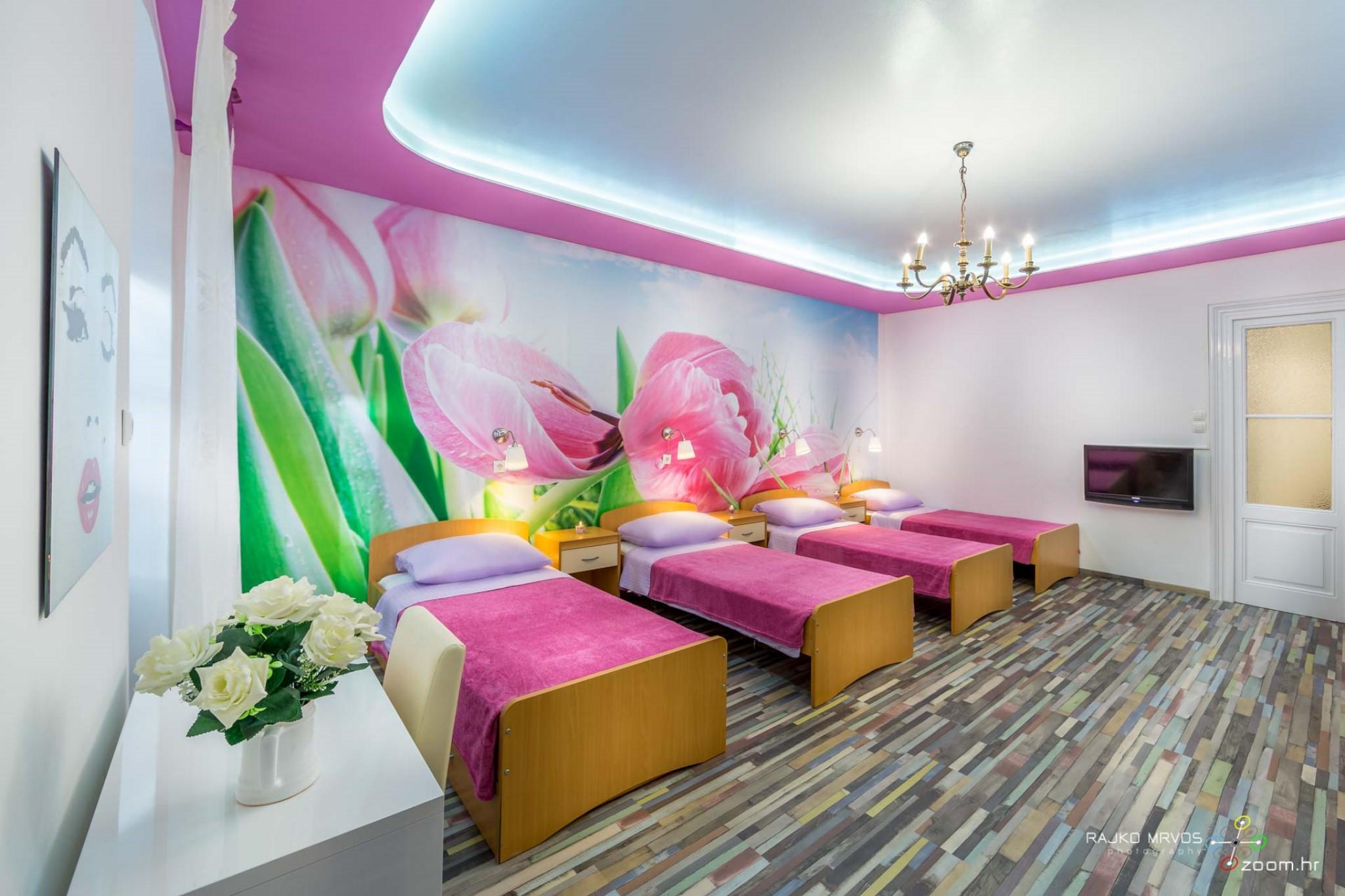 fotografiranje-interijera-fotograf-eksterijera-apartmana-vila-kuca-hostela-Happy-Hostel-4