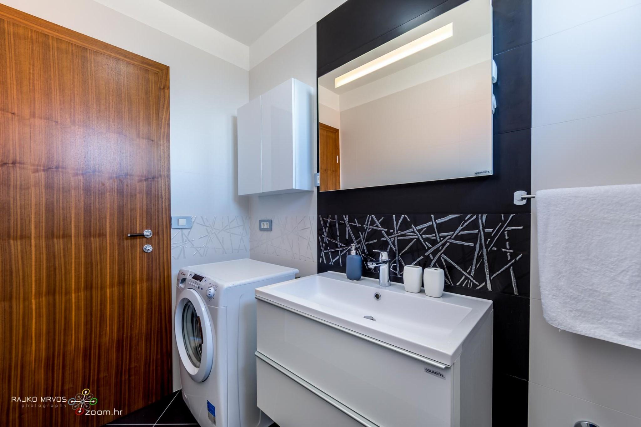 fotografiranje-interijera-fotograf-eksterijera-apartmana-vila-kuca-hotela-apartman-Pobri-Opatija-57