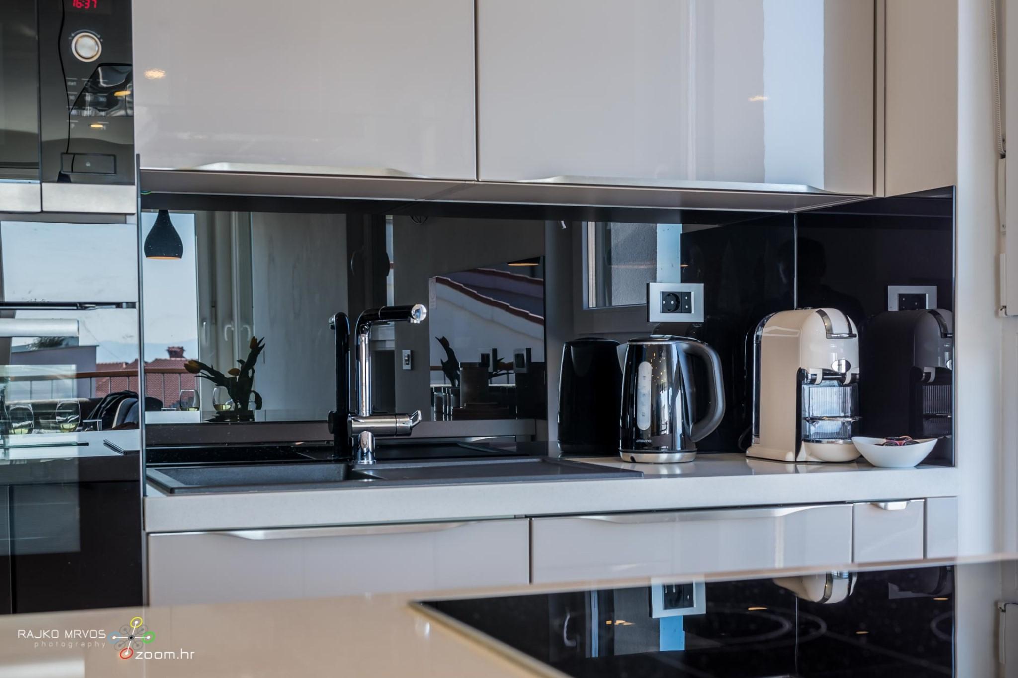 fotografiranje-interijera-fotograf-eksterijera-apartmana-vila-kuca-hotela-apartman-Pobri-Opatija-54