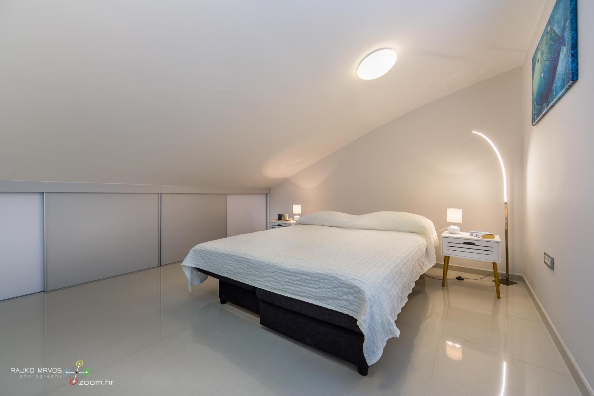 fotografiranje-interijera-fotograf-eksterijera-apartmana-vila-kuca-hotela-apartman-Pobri-Opatija-60