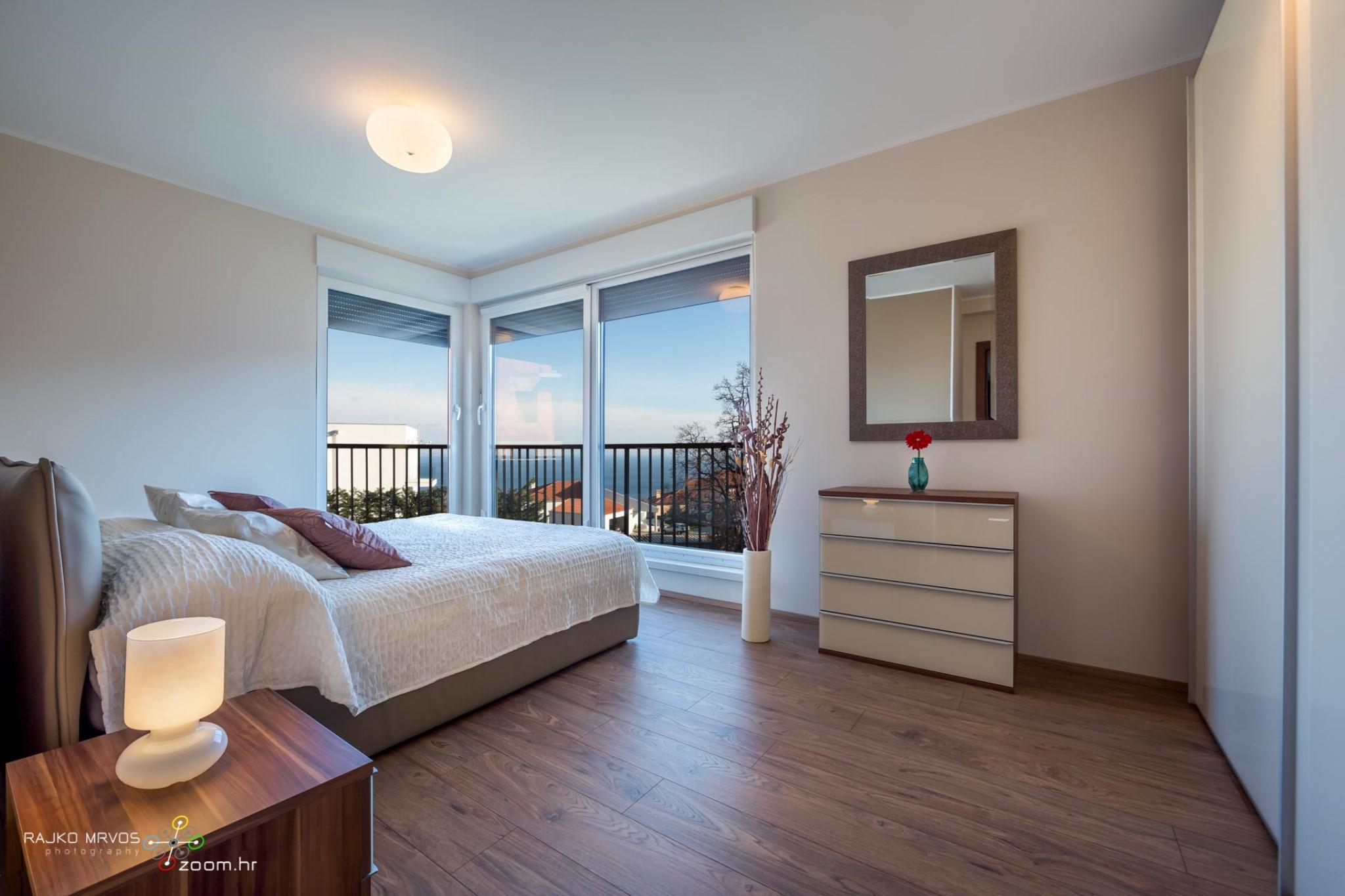 fotografiranje-interijera-fotograf-eksterijera-apartmana-vila-kuca-hotela-apartman-Pobri-Opatija-5