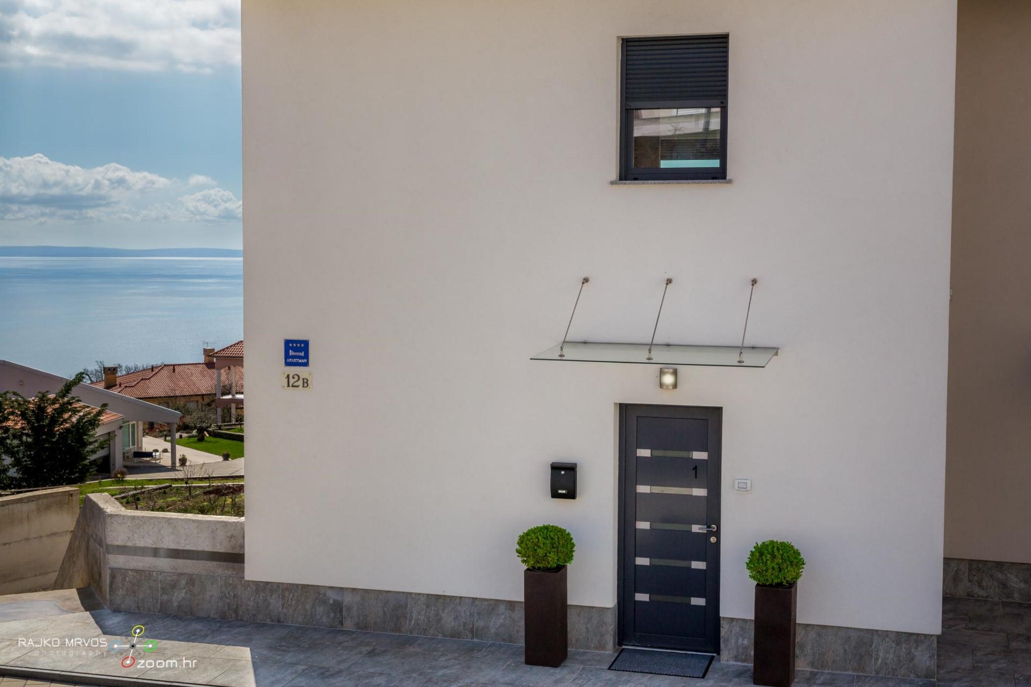 fotografiranje-interijera-fotograf-eksterijera-apartmana-vila-kuca-hotela-apartman-Pobri-Opatija-3