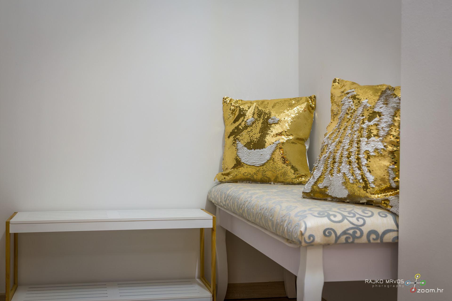 fotografiranje-interijera-fotograf-apartmana-vila-kuca-hotela-apartman-Gabby-Rijeka-43