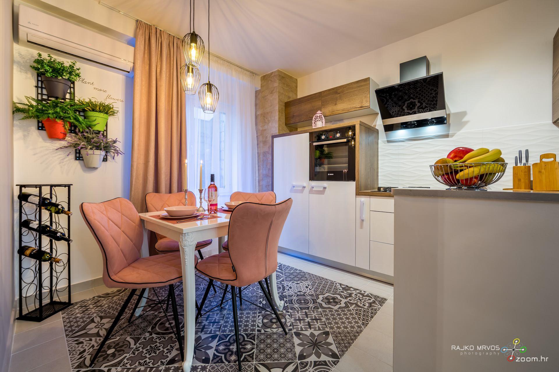 fotografiranje-interijera-fotograf-apartmana-vila-kuca-hotela-apartman-Gabby-Rijeka-14