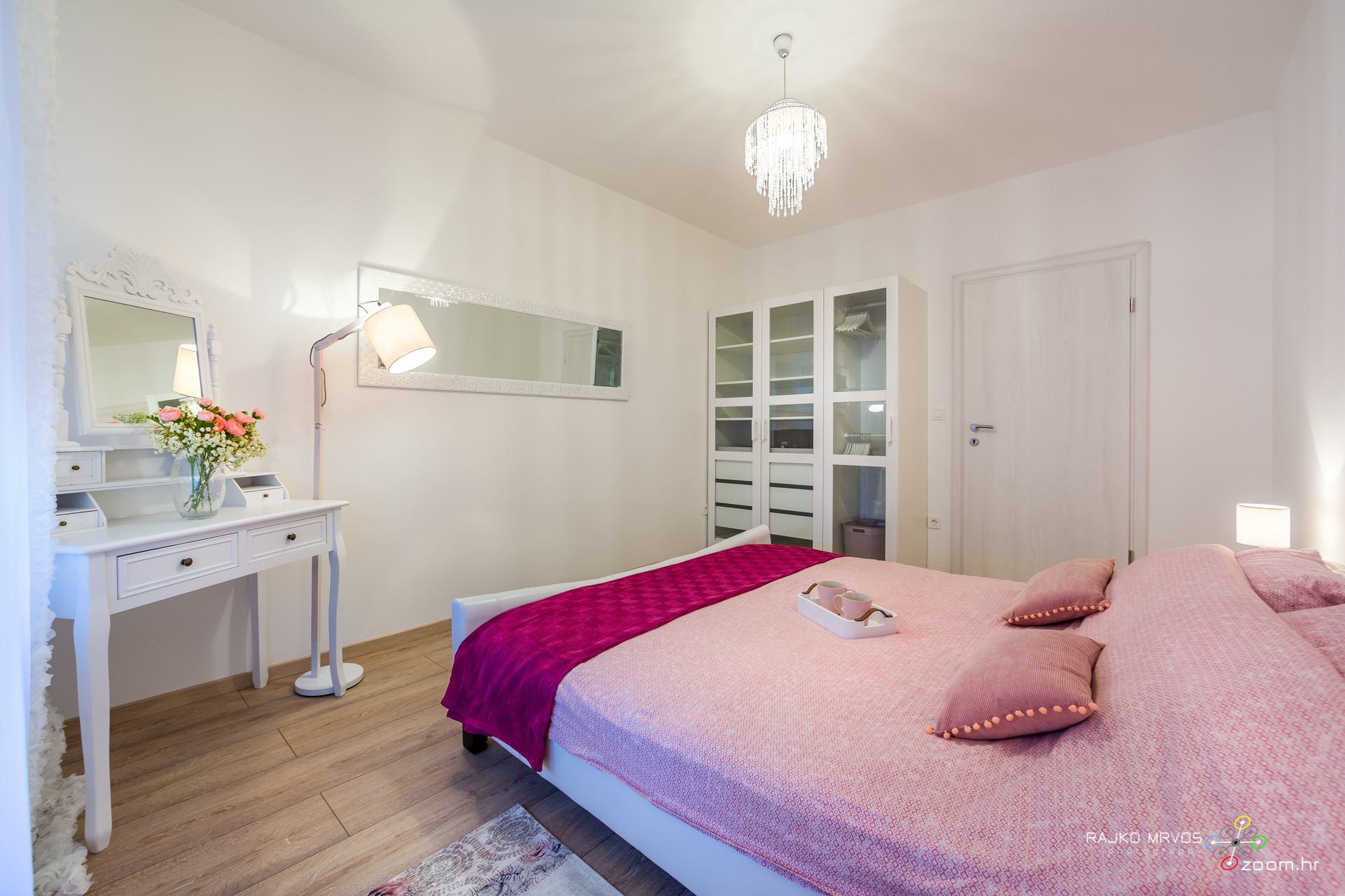 fotografiranje-interijera-fotograf-apartmana-vila-kuca-hotela-apartman-Gabby-Rijeka-7
