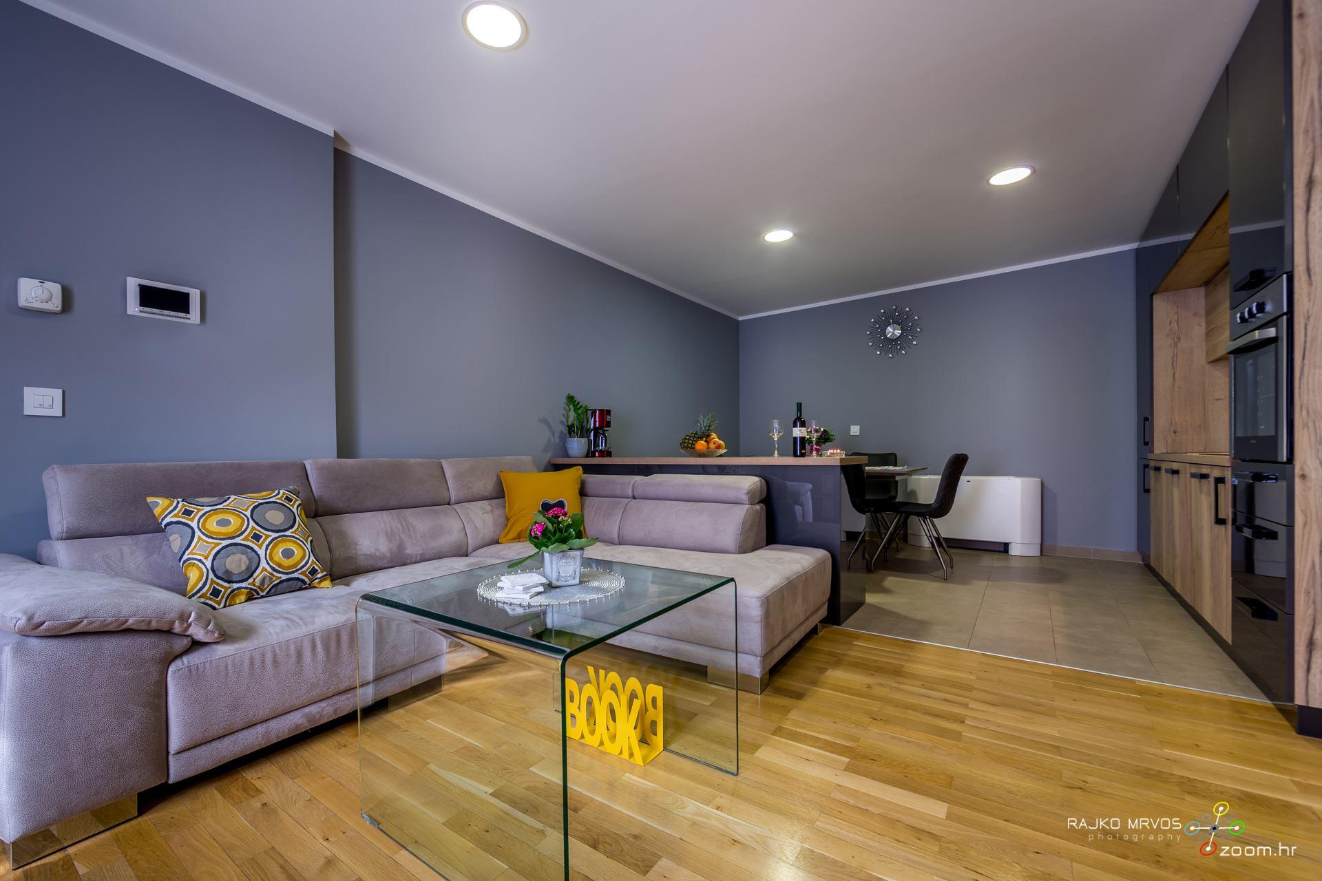 profesionalno-fotografiranje-interijera-fotograf-apartmana-apartman-Elena-Rijeka-6
