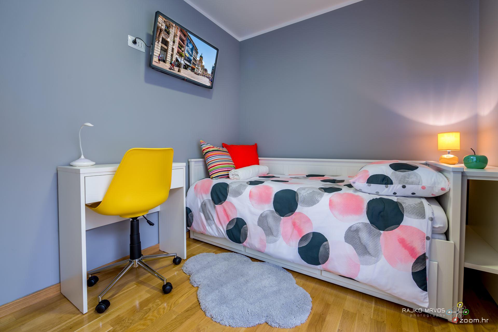 profesionalno-fotografiranje-interijera-fotograf-apartmana-apartman-Elena-Rijeka-25