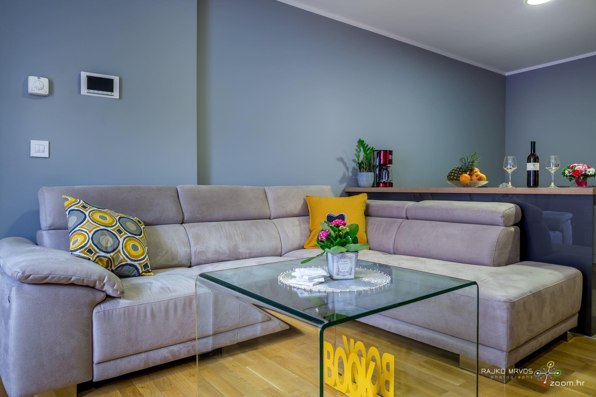 profesionalno-fotografiranje-interijera-fotograf-apartmana-apartman-Elena-Rijeka-13