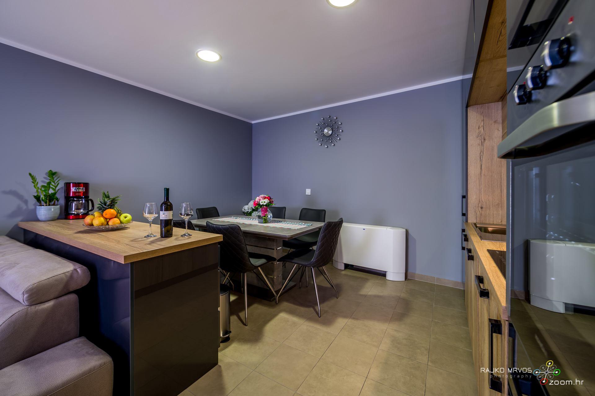 profesionalno-fotografiranje-interijera-fotograf-apartmana-apartman-Elena-Rijeka-2