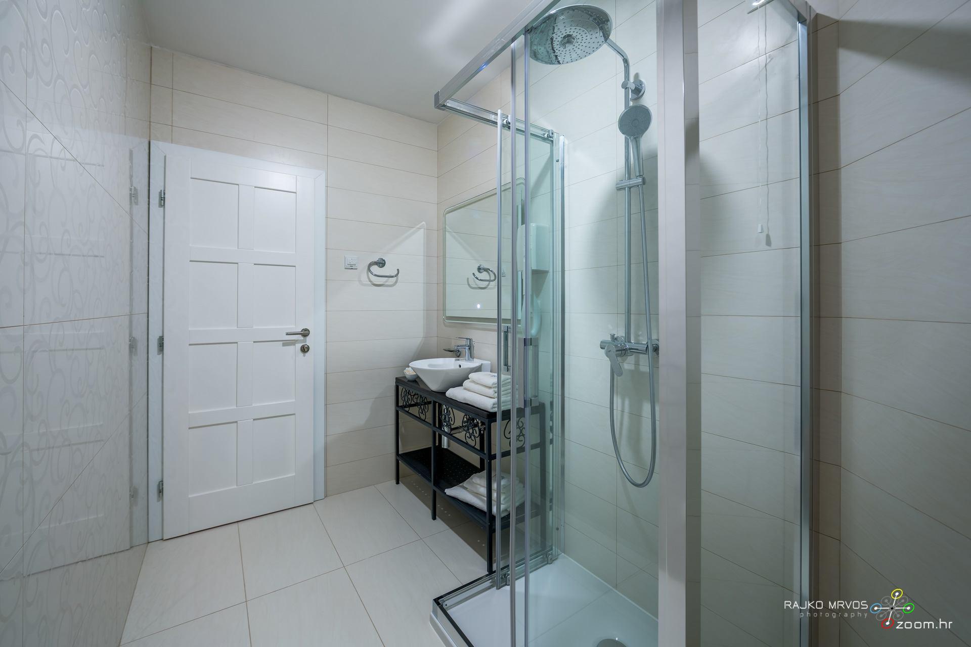 profesionalno-fotografiranje-hotela-fotograf-hotela-Hotel-Domino-Opatija-95