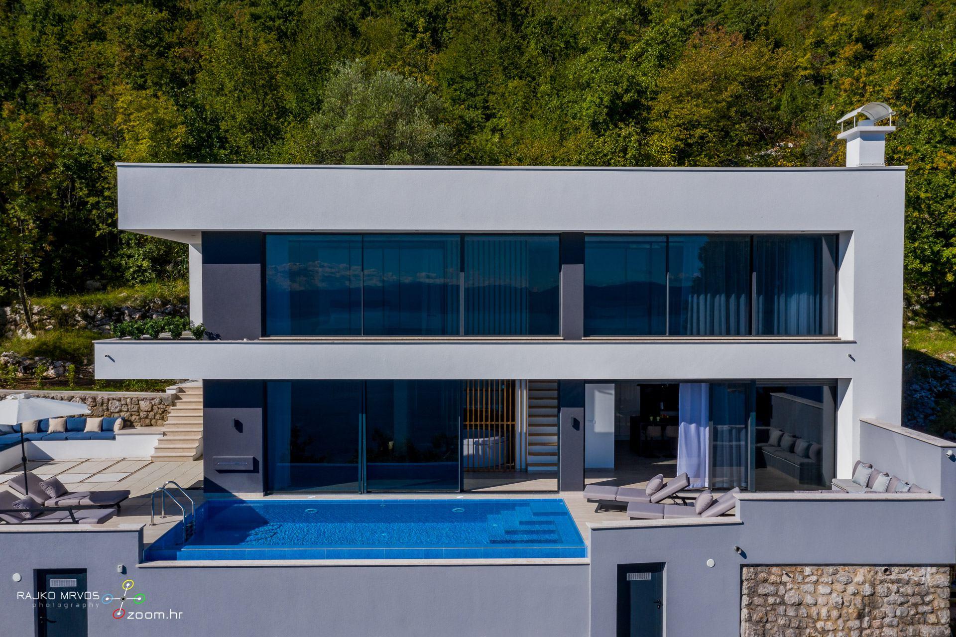 profesionalno-fotografiranje-vila-kuca-fotograf-villa-Sky-Pool-Villa-Medveja-2